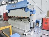 Right view of Weldor Hydraulic Press Brake machine