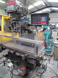 XYZ KRV 3000 TURRET MILLING MACHINE