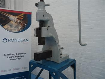 Norton Fly / Bar Press on stand