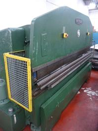 Edwards 3m x 50 ton Press Brake